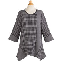 Black-and-White Tunic with Chopstick Buttons