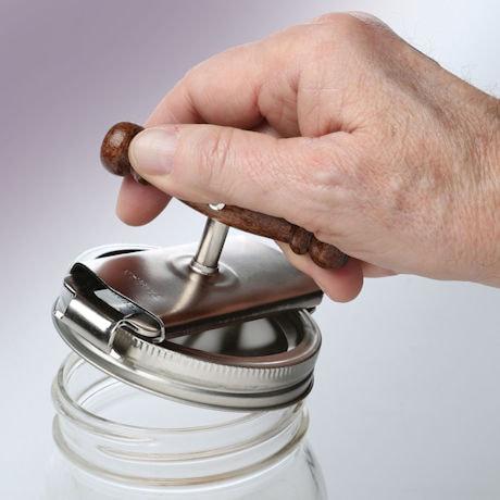 Twister Jar Opening Aid