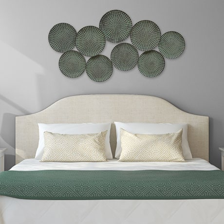 Green Plates Wall Décor